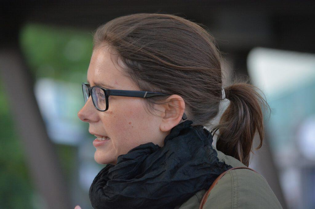 woman, director, talk